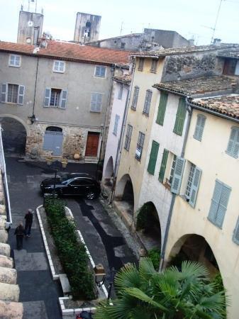 Bastide Valmasque: Place Les Arcades