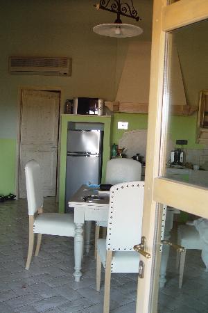 Gualdo del Re: Blick in Wohnküche