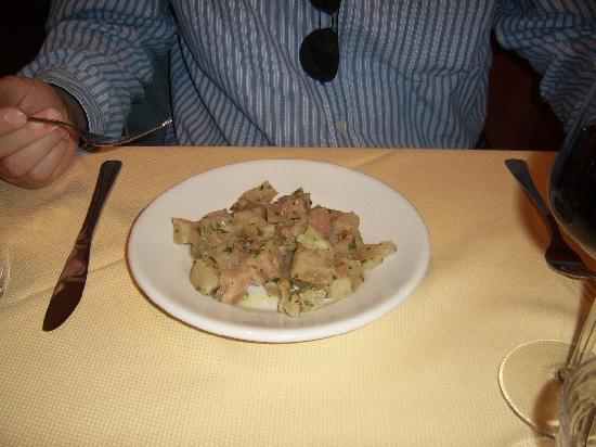 Osteria dell 39 acquabella antipasto insalata di nervetti for Foodbar dietikon