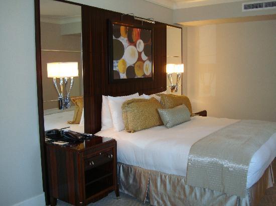 Mandarin Oriental, Atlanta: Room 1 - Bed