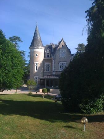 L'Orangerie du Chateau des Reynats: château