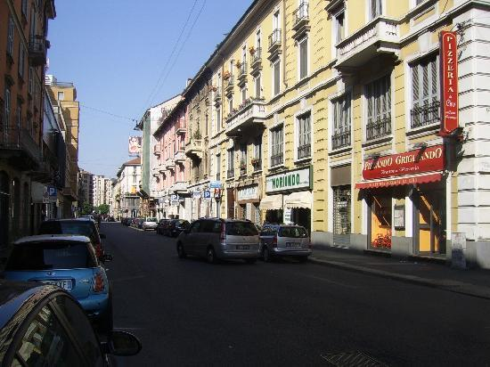 Hotel nuovo marghera strada che passa davanti all 39 hotel for Hotel nuovo milano