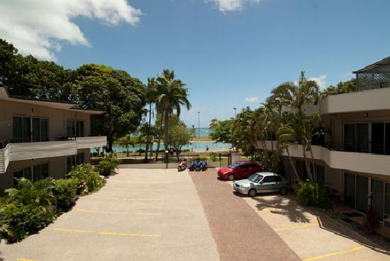 Whitsunday on the Beach: Secure Car Parking