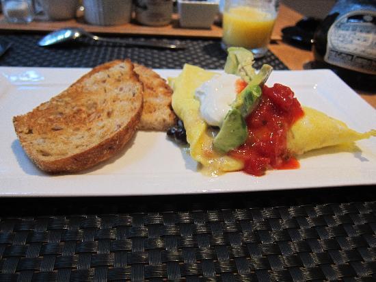 Captain Fairfield Inn: Another great breakfast