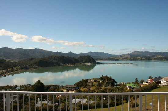 Coromandel Seaview Motel Style B&B: The Best VIEWS in Coromandel Town