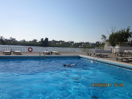 Preveza, Greece: pool hotel Margarona