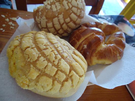 Los Braseros: Pastries that came with breakfast