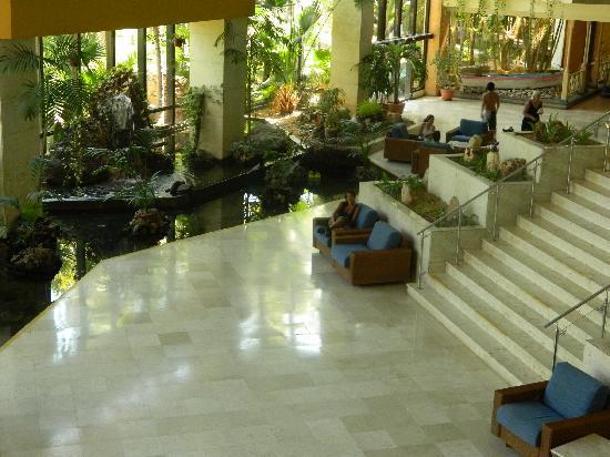 Sol Palmeras: El Lobby planta baja...