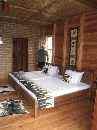 Ruhija Gorilla Safari Lodge: Inside the Cottage
