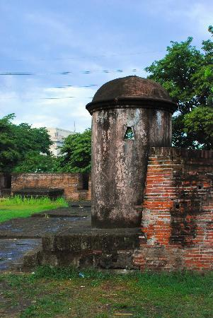 Manila, Philippines: Old tower