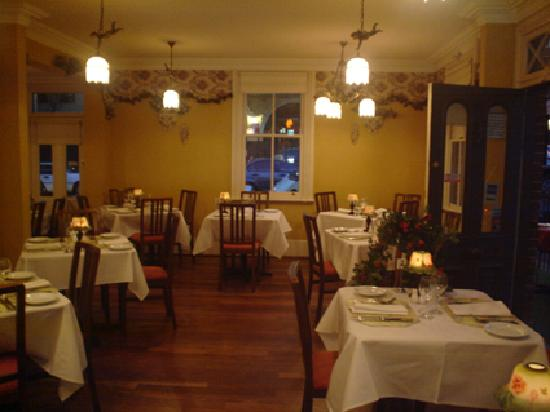 Giardinetto Italian Restaurant: inside