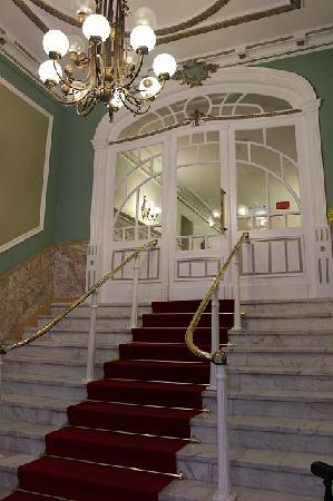 Grande Hotel de Paris: エントランス
