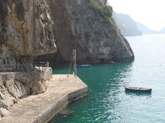 Praiano, Itália: una delle tante bellissime insenature