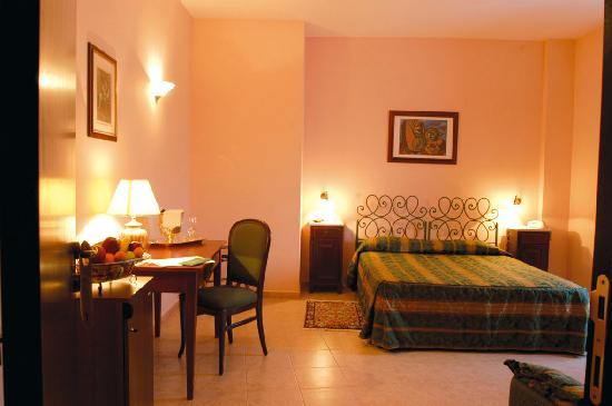 Caramanico Terme, Italia: le camere