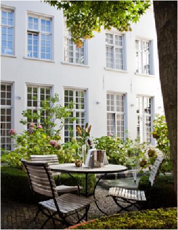 SLH De Witte Lelie Antwerp : Garden