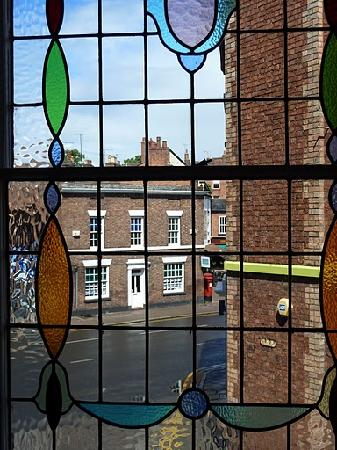 Grosvenor Place Guest House: View from one of the bedrooms