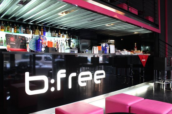 B:Free Cocktail Bar: b:free