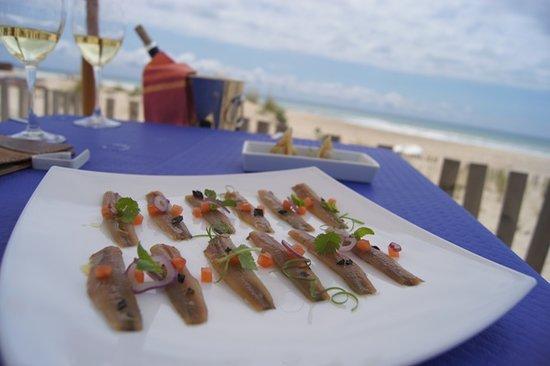 Restaurante Clandestino Zahara: Un local en primera línea de playa, con una excelente cocina de mercado