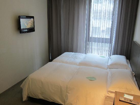 Just Sleep (Lin Sen): ツインベッドはくっつけることもできます。幅は110-120cmくらいでしょうか?