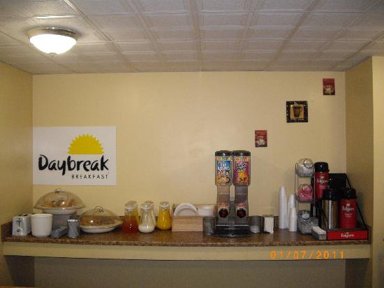 Days Inn Philadelphia - Roosevelt Boulevard: Break Fast Area