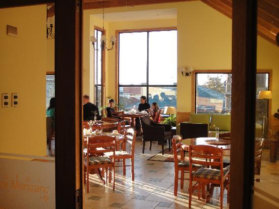 Hotel Carpa Manzano : Area para desayuno