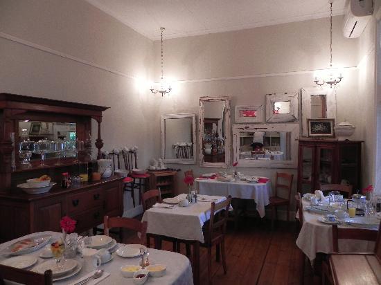 Villa on Joubert: Dining room