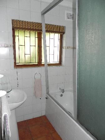 Thendele Hutted camp: Bathroom