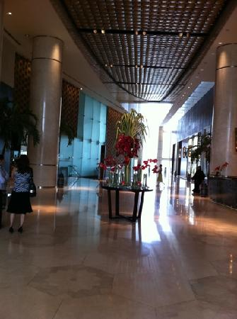 InterContinental Dubai Festival City: the lobby