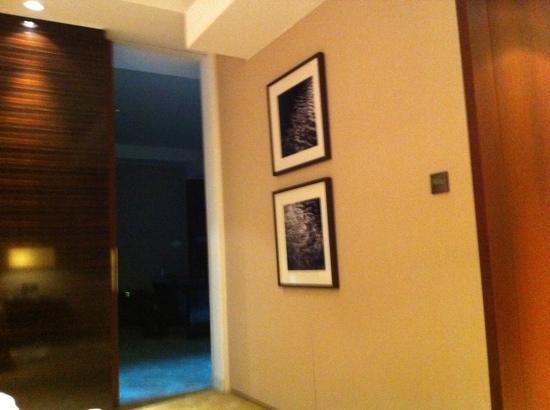 InterContinental Dubai Festival City : 2 bedroom suite entrance