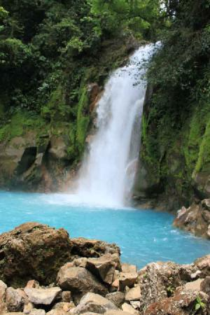 Bijagua de Upala, Costa Rica: Waterfall at Rio Celeste