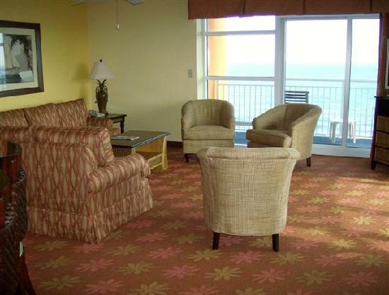 Dunes Village Resort: Large living room