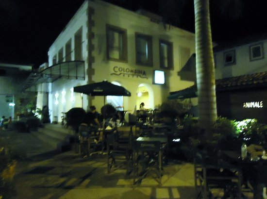 Restaurante Colombina   Bucios