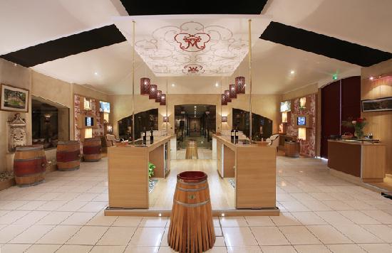B-Winemaker au Chateau de Malleret: Le laboratoire B-Winemaker