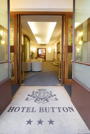 Photo of Hotel Button Parma