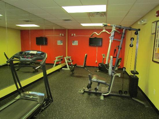 Country Inn & Suites By Carlson, Nashville Airport East : Fitness Center