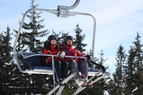Поляница, Украина: Bukovel quadruple chairlift