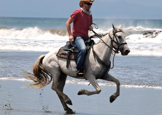 Rancho Chilamate Adventures on Horseback: Dare to Canter on the Beach