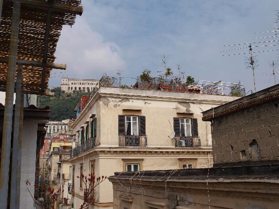 Sui Tetti di Napoli: vue de la terrasse