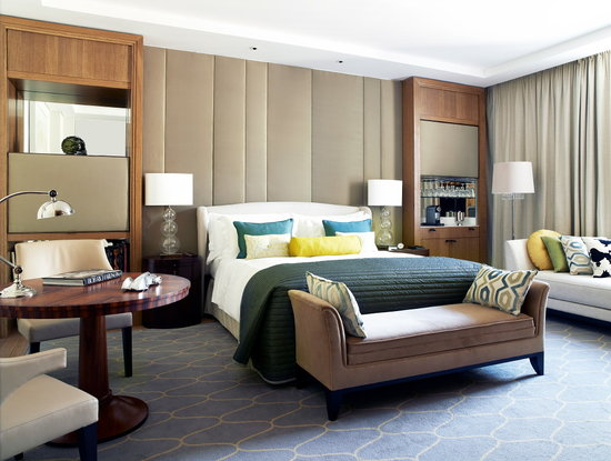 Corinthia Hotel London Guestroom