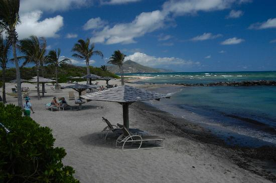 Nisbet Plantation Beach Club : view to St. Kitts from Nisbet Plantation Inn