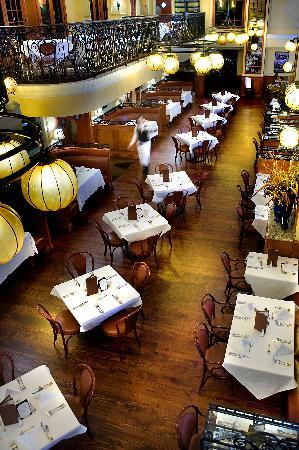 Crowne Plaza Hotel Astor-New Orleans: Bourbon House Restaurant