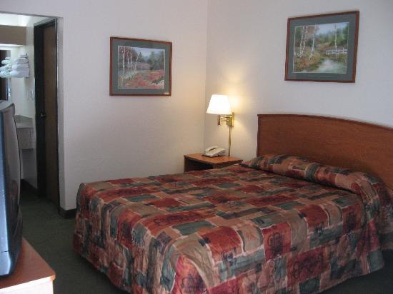 Key Inn: Comfortable, clean rooms