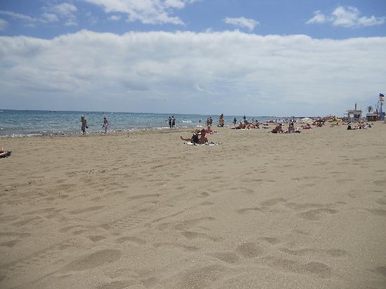 Playa del ingles beach picture of jardin del atlantico for Jardin ingles