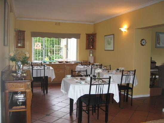 Paradiso Guesthouse & Self Catering Cottage: Guest House Breakfast room
