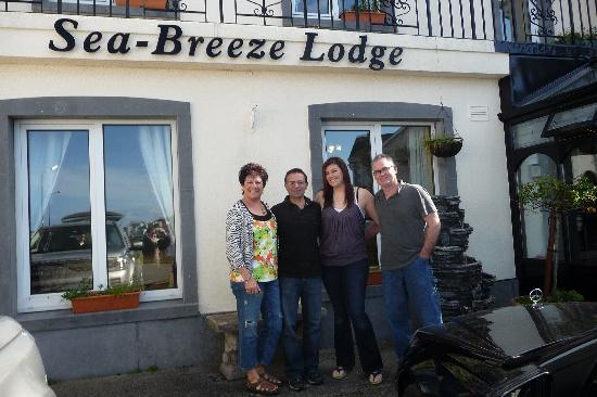 Sea-Breeze Lodge: Great family vacation with  Freddy!