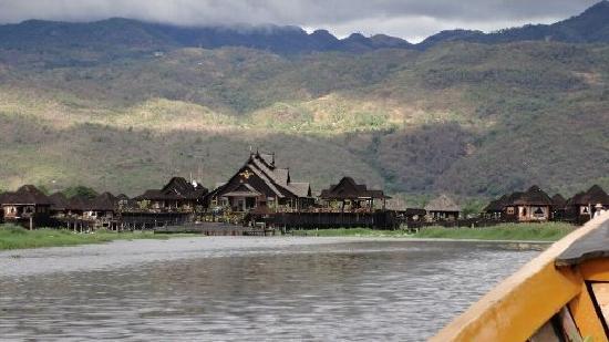 Myanmar Treasure Inle Lake : ホテル遠景