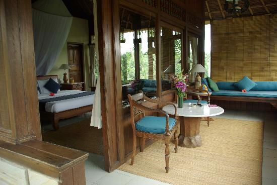 Alam Indah: Hibiscus Room
