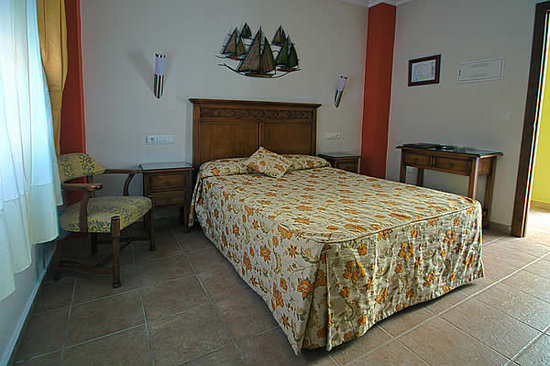 Hostal Costaluz: habitacion doble