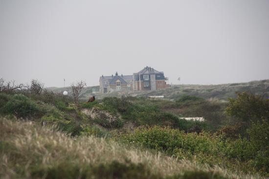 Strandhotel Noordzee: hotel in de verte