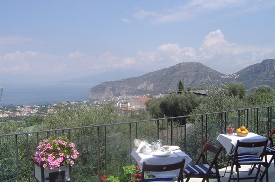 Casa Mazzola B&B: The Panoramic sea view from Casa Mazzola